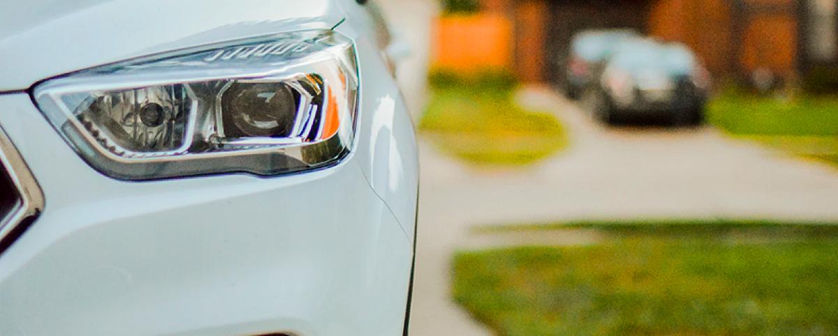 white car windshield repair